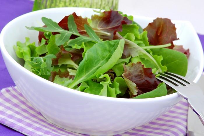 Figs and Walnut Salad